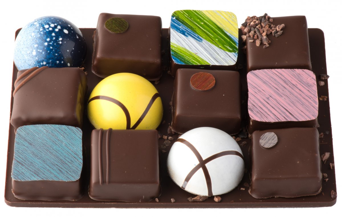 chocolate boxes canada