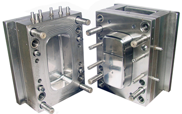 plastic injection moulding tooling